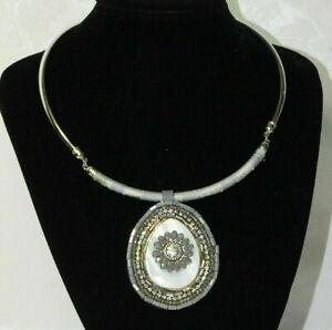 Perlmutt-Halskette-Muschel-Halsband-Band-Kette-Glitzer-mit-Kristall-Ring-Grau