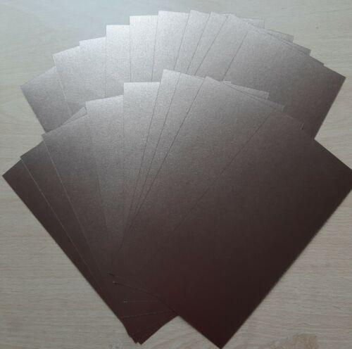 150 x 300 mm plusieurs couleurs Assortiment de 20 perlée Carte Métallique Tailles 105 x 210