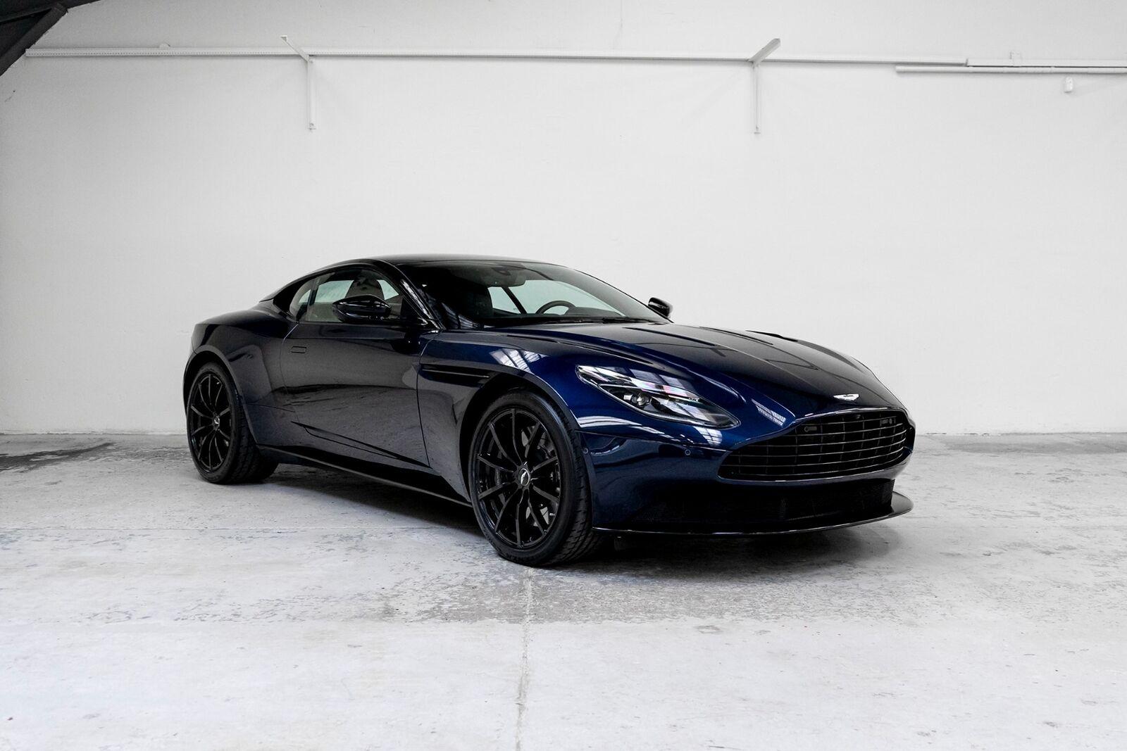 Aston Martin DB11 5,2 V12 Coupé AMR aut. 2d - 1.280.000 kr.