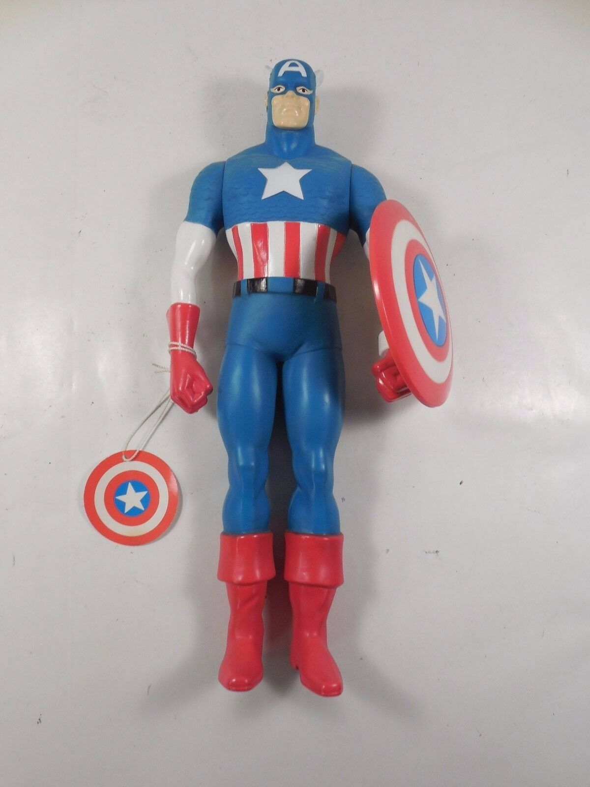NEW WITH TAGS HAMILTON GIFTS MARVEL CAPTAIN AMERICA 15  FIGURE 1991 W/SHIELD