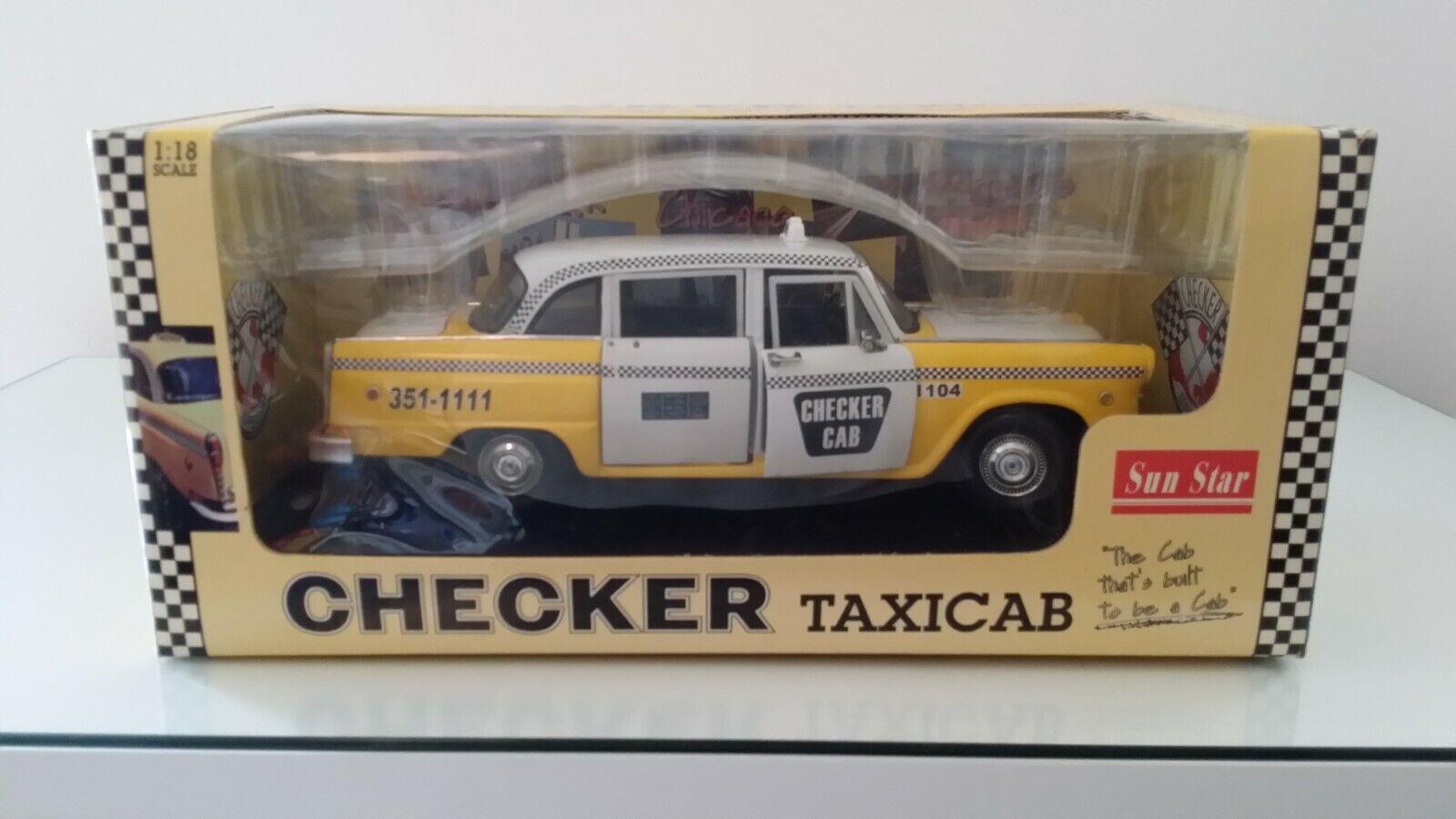 Sun Estrella Checker TAXI CAB 2504 1 18 MIB