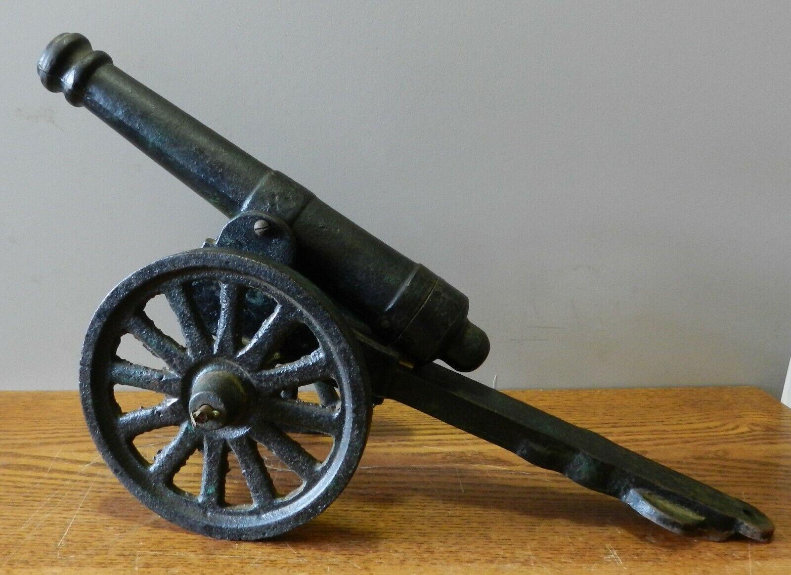 Antique Fonte Métal Jouet  Canon With 10   Long Baril 16   Longueur Totale  édition limitée