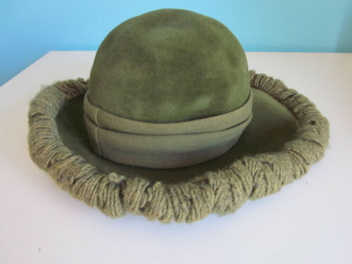 VINTAGE Lilly Dache Forest Green Hat Dachettes Wom