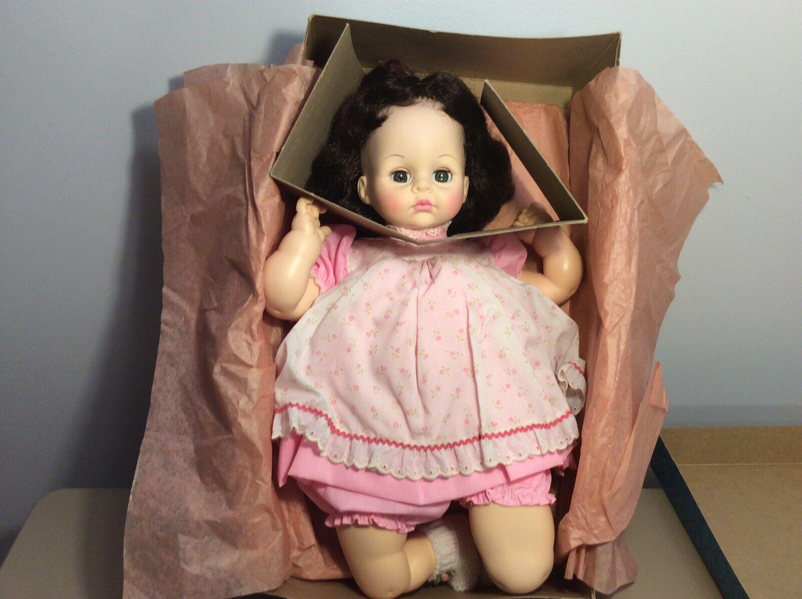 "MADAME ALEXANDER Large Jahr 1965 Original PUSSY CAT 19"" Baby Doll W Box"