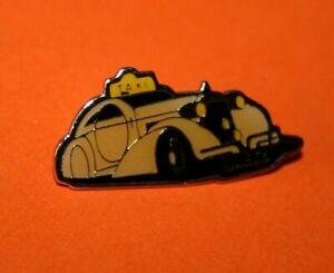 Pin-039-s-Pins-lapel-Pin-Auto-Car-Voiture-ANCIENNE-genre-Cartoon-TAXI-METZ