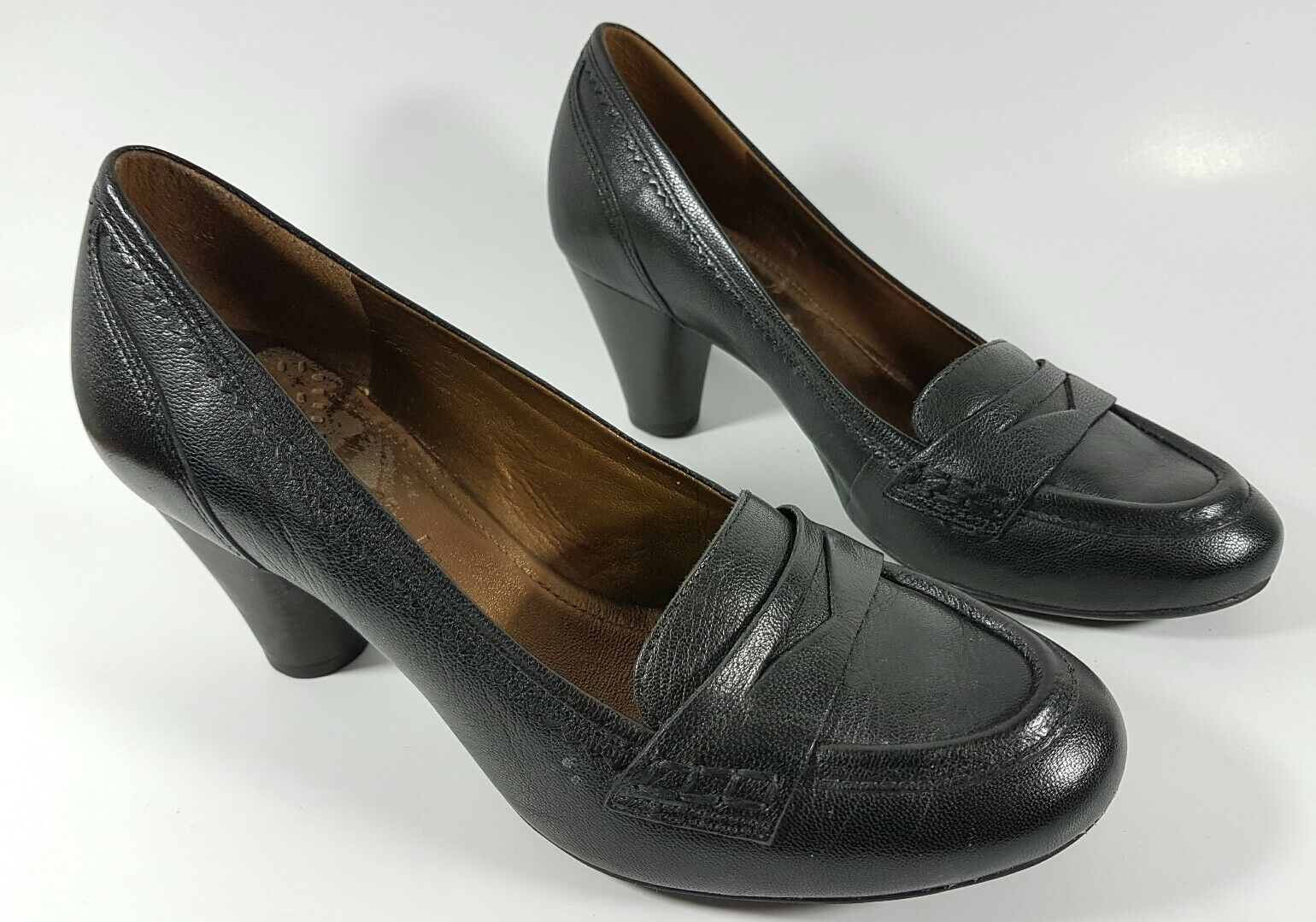 Clarks womens black leather mid heel shoes uk 5 excellent condition