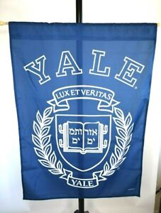 New-Yale-University-Banner-27X37-With-Pole-And-Hanging-Twine