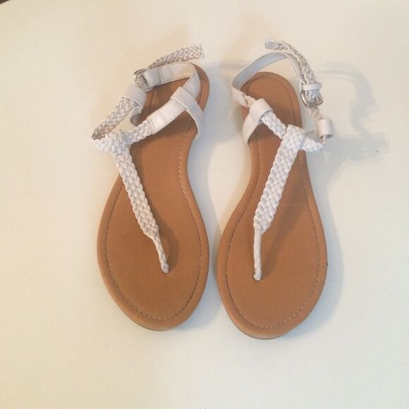Gentlemen/Ladies CLASSIFIED Braided T Strap all Sandal Ideal gift for all Strap occasions Lush design wonderful e3efc3