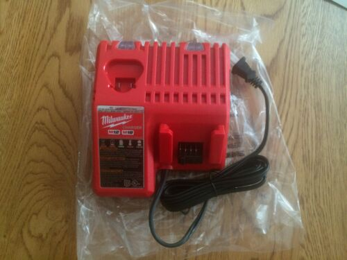 Brand New Never Used Milwaukee M12 /& M18 Multi-Voltage Charger Model 48-59-1812