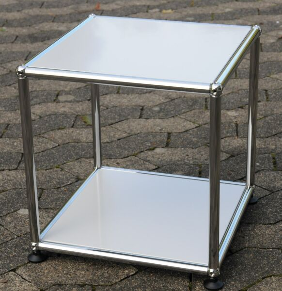 1 Original Usm Haller Tavolino Tavolo Ral 7035 Grigio Luce 37x37x39cm Nuovo Avere Sia La Qualità Della Tenacia Che La Durezza