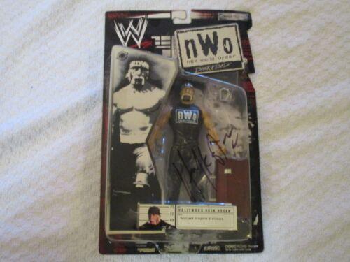 WWE WWF nWo Back /& Bad Hollywood Hulk Hogan Black Signed