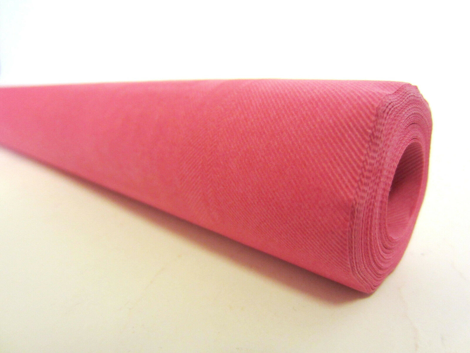 Red 7 m Kingfisher Paper Banqueting Roll