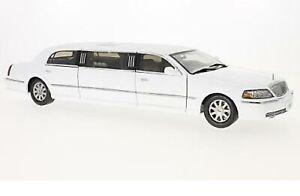 Lincoln-Town-Car-Limousine-white-1-18-Sun-Star