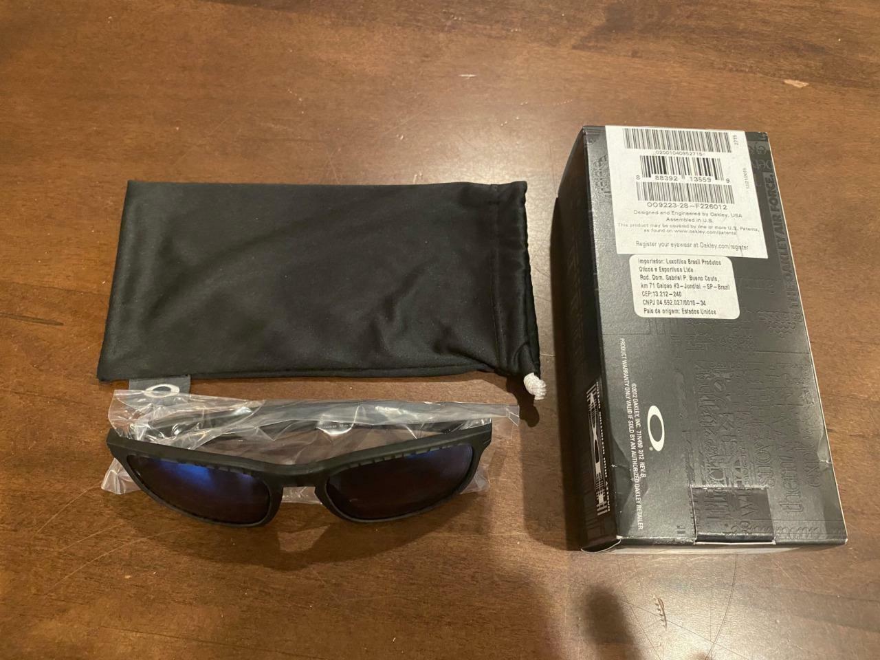 Oakley Sunglasses Enduro Matte Olive Ink Jade Green Iridium Mirror Lens OO9223