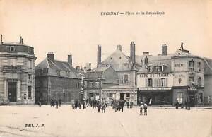 B106516-France-Epernay-Place-de-la-Republique-Square