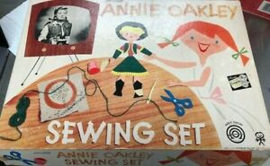 Vintage-Annie-Oakley-Sewing-Set-Pressman-with-Doll-and-Accessories-1950-039-s