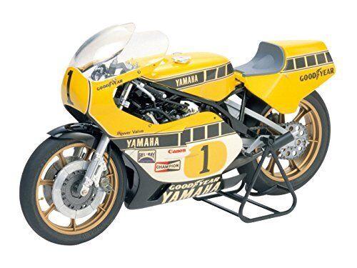 Tamiya 1 12 Motorcycle No.01 Yamaha YZR500 Grand Prix racer plastic model 14001