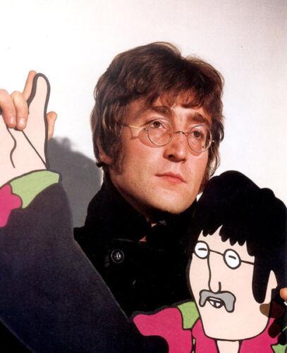 John Lennon  10x 8 UNSIGNED photo P552