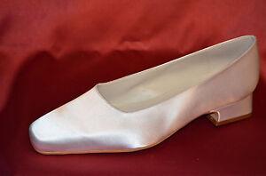 new product d0e6e a332c Details zu SALE** Brautschuhe Weiss satin Hochzeitsschuhe flach NEU*  Abendschuhe Hochzeit