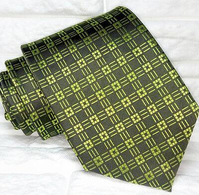 Cravatta Geometrica Verde Scuro Geometrica Made In Italy 100% Seta