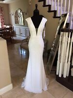 $640 NWT WHITE JOVANI PROM/PAGEANT/FORMAL/WEDDING DRESS/GOWN #24000 SIZE 00