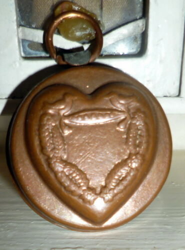 WONDERFUL Vintage Copper Kitchen Mold HEART Dollhouse Miniature From Museum