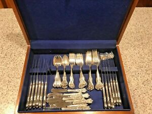 Old-Colonial-by-Towle-Sterling-Silver-Flatware-Service-for-8-10-69-Pieces