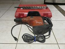 HILTI TE 70 HEAVY DUTY BREAKER HAMMER WITH CASE and two BITS &CHISELS