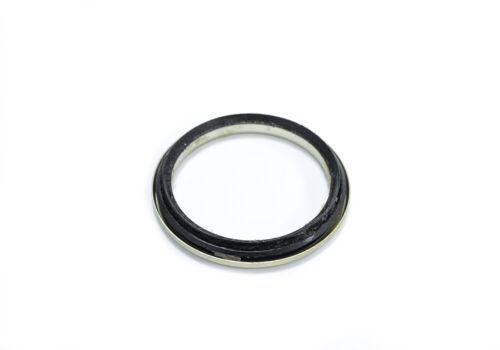 GENUINE Front Driveshaft Upright Seal For Toyota Hilux MK4 LN165//MK5 KDN165 97/>+