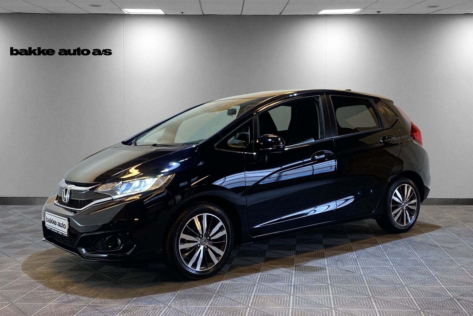 Honda Jazz 1,3 i-VTEC Elegance 5d