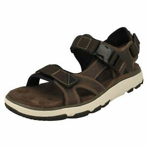 4ac9ae46c8ea Image is loading MENS-CLARKS-NUBUCK-LEATHER-UNSTRUCTURED-BUCKLE-SUMMER- SANDALS-