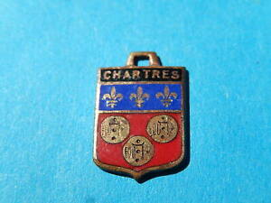 Medaille pendentif BLASON VINTAGE ARMOIRIE VILLE EMAILLE CHARTRES LYS