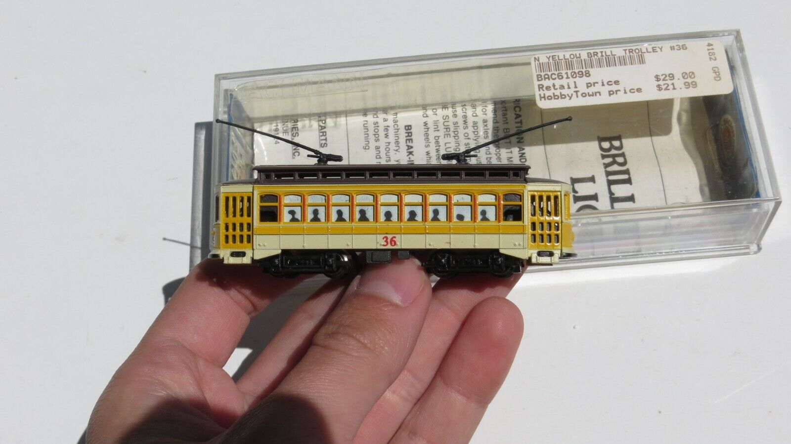 Bachmann Brill Trolley BAC61098 giallo Ho Mainstreet
