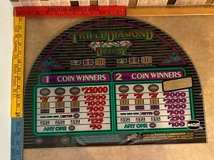 Triple Diamond Deluxe Slot Machine Online