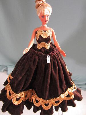 ROBE ~ BARBIE DOLL COLLECTOR CURVY MRS WHO BLUE VELVET GOLD VEST DRESS GOWN