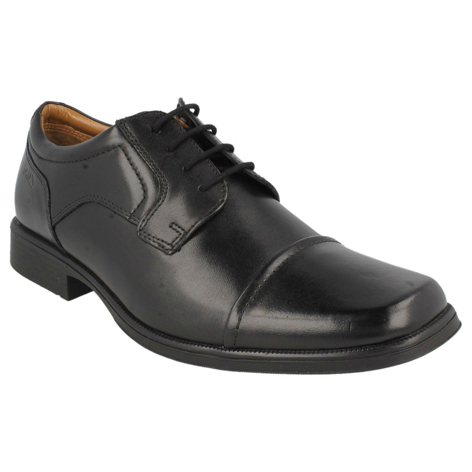 Herren Clarks Schnürer Zehenkappe Leder Formell Arbeit Büro Schuhe huckley Kappe
