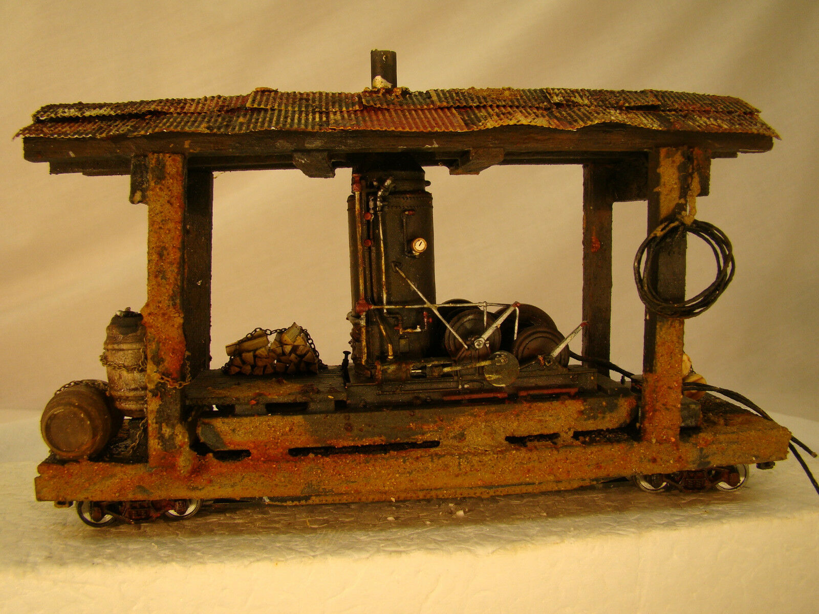 On30 Steam Donkey Logging Car - custom weatherosso - lot 11