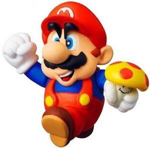 Super Mario Bros 3 Mario Holding Mushroom Vinyl Mini Figure 4530956151748 Ebay