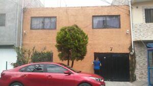 Casa súper ubicada en la Colonia Metropolitana, Nezahualcoyotl