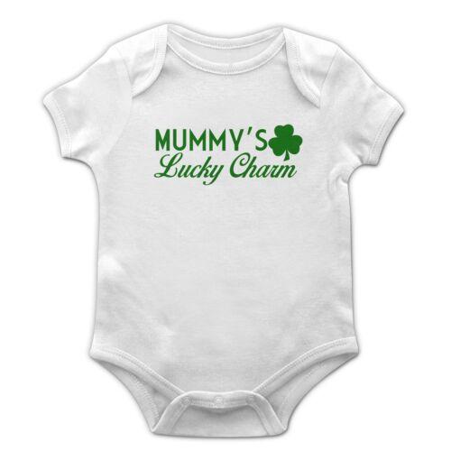 Mummy/'s Lucky Charm Baby Grow Kids Children St Patricks Day Ireland Vest EP24