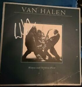 EDDIE-VAN-HALEN-SIGNED-WOMEN-AND-CHILDREN-FIRST-VAN-HALEN-VINYL-W-COA-PROOF-RARE