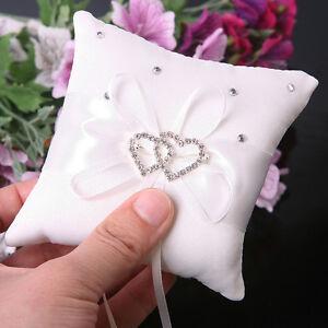 1x-Neu-Hochzeit-Ringkissen-Satin-Kissen-Diamante-Strass-Herz-Ring-beste