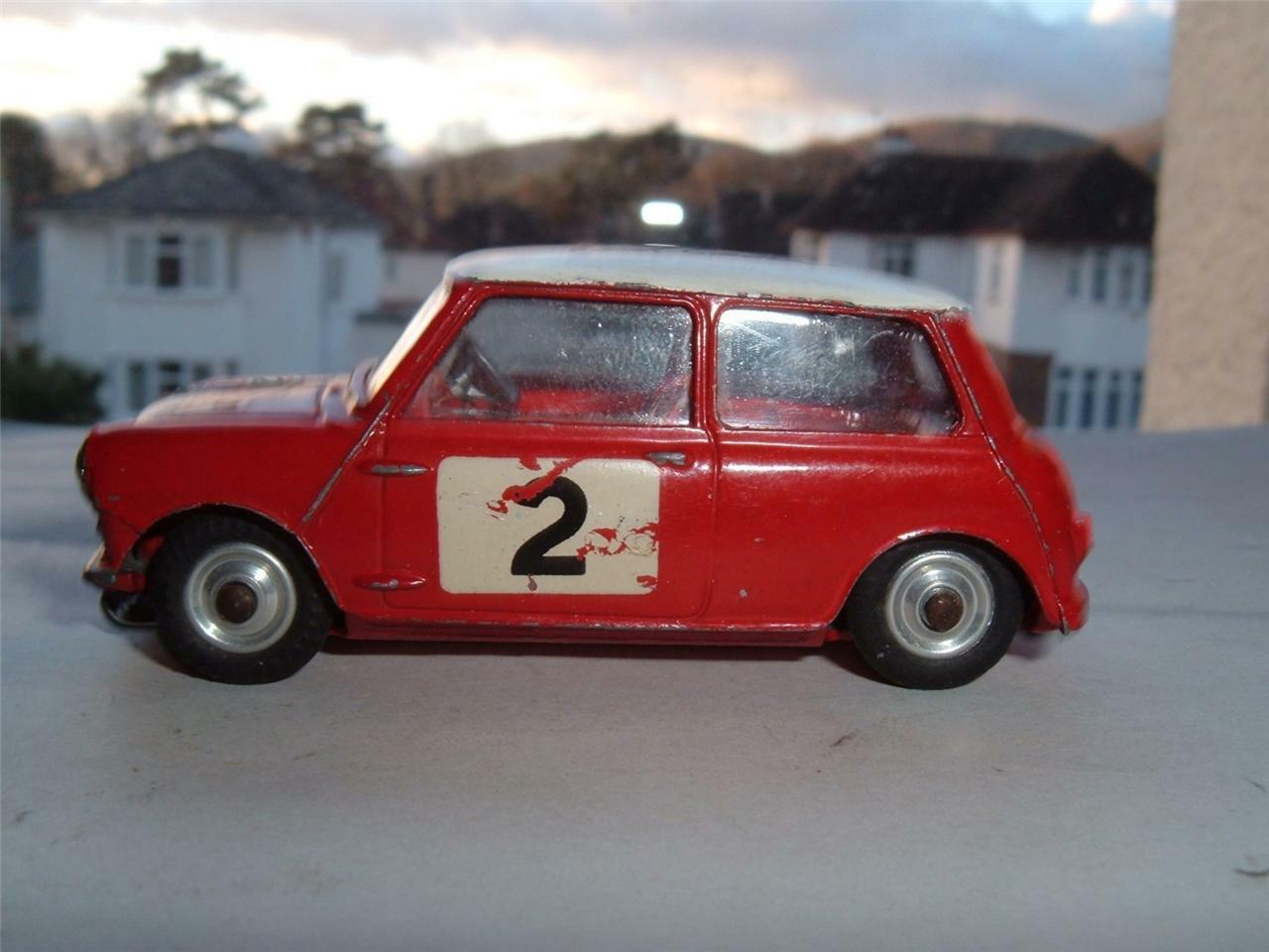 CORGI TOY 321 1966 MONTE CARLO RALLYE BMC MINI COOPER S TIMO MAKINEN PAUL EASTER