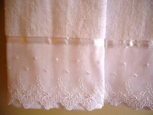 2 IVORY Velour Cotton Embellished NEW by UtaLace LACE Fingertip Guest Towels