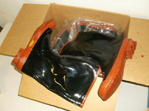 Three-Pairs-of-Steel-Shank-Size-13-Rubber-Boots-NEW