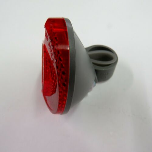 Rear Cat Eye RR-160 Bicycle Reflector With 3//8-5//8 inch Bracket