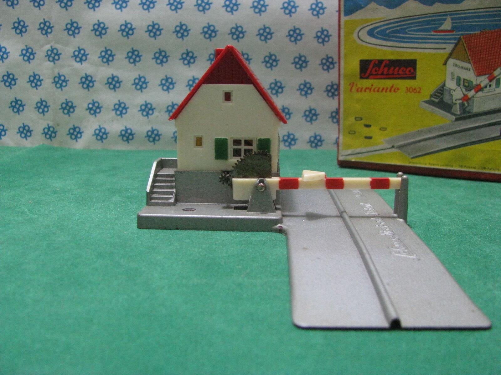 SCHUCO VARIANTO 3062 - Western Germany anni 50 - Mint