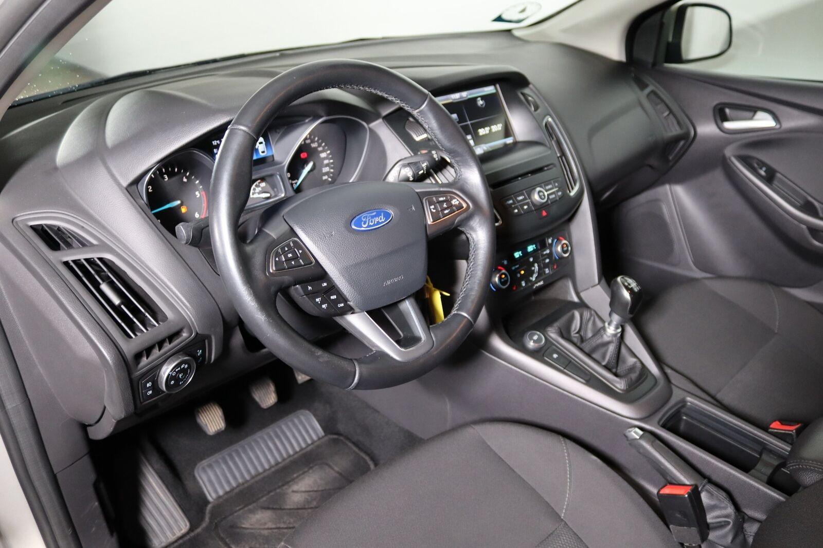 Ford Focus 1,6 TDCi 115 Business stc. - billede 5