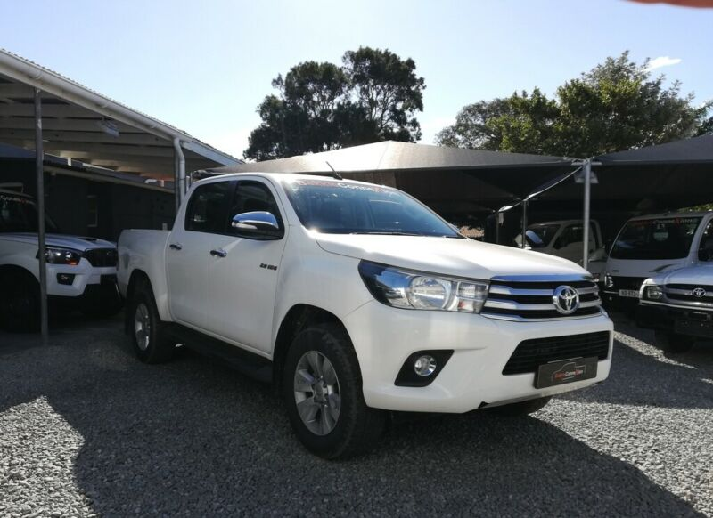 2017 Toyota Hilux 2.8 GD-6 D/Cab 4x4 Raider AT, White with 97000km available now!