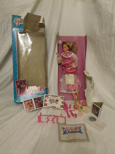 Damaged-Opened-Box-The-Heart-Family-034-New-Arrival-034-Mom-amp-Baby-Barbie-Doll-2412
